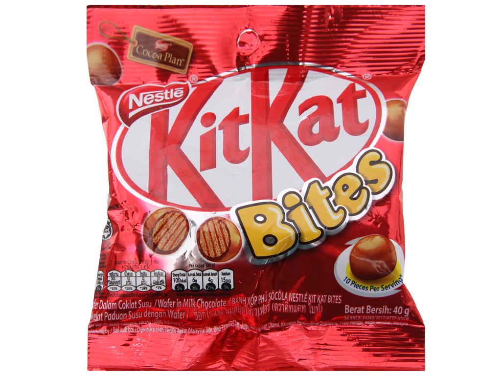 Bánh xốp phủ socola KitKat Bites gói 40g 1
