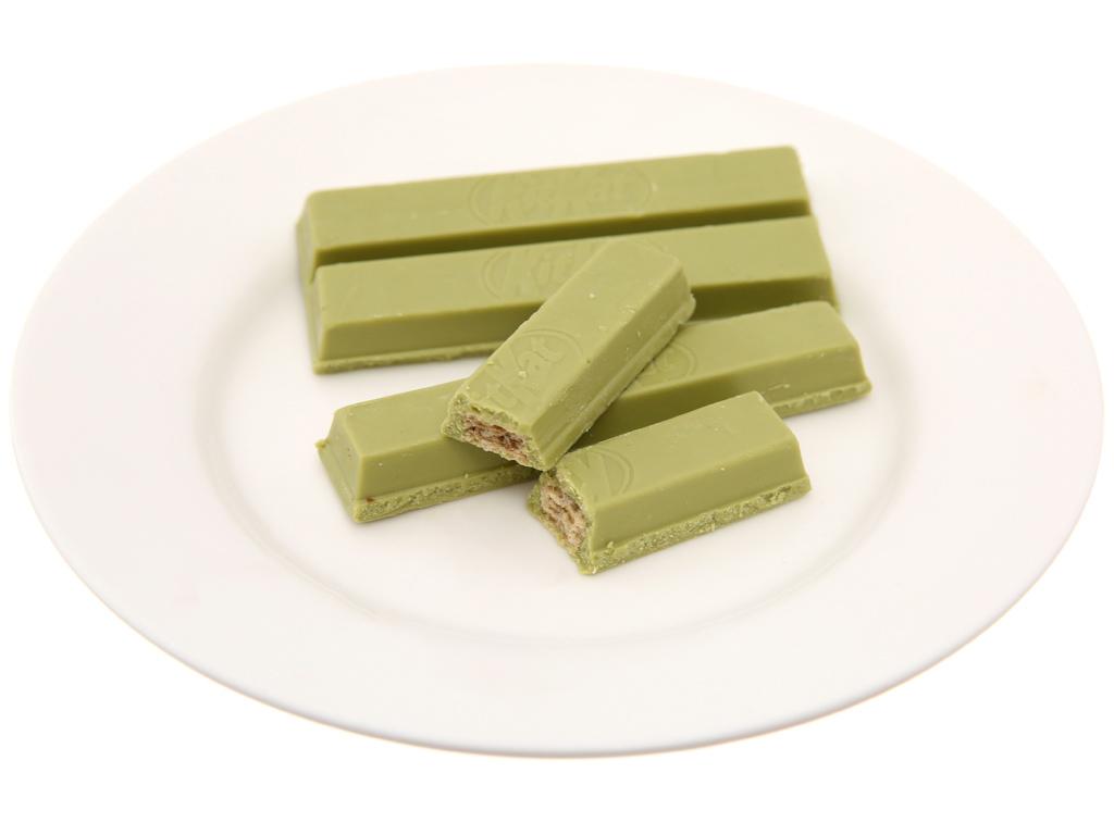 Bánh xốp phủ trà xanh hương đậu đỏ KitKat thanh 17g 3