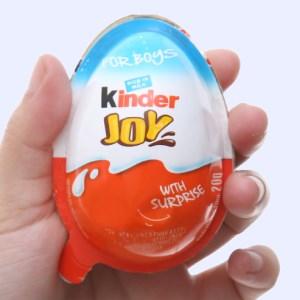 Socola trứng Kinder Joy cho bé trai 20g