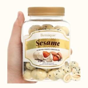 Socola trắng hạt mè hạnh nhân Bernique hộp 350g