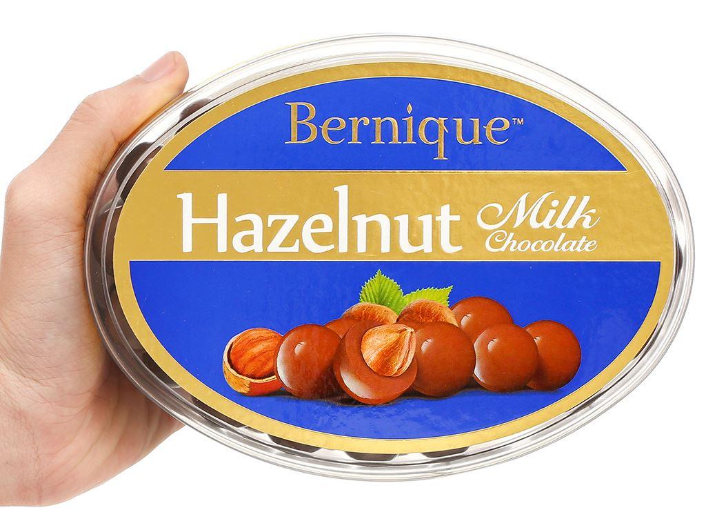 Socola sữa hạt phỉ Bernique hộp 450g 5