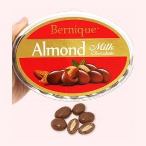 Socola sữa hạnh nhân Bernique hộp 450g