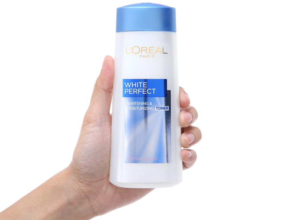 Nước hoa hồng L'Oréal se khít lỗ chân lông và dưỡng trắng mịn 200ml 4