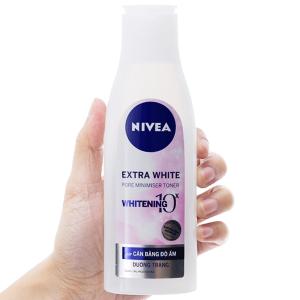 Nước hoa hồng dưỡng trắng da Nivea Extra White 200ml