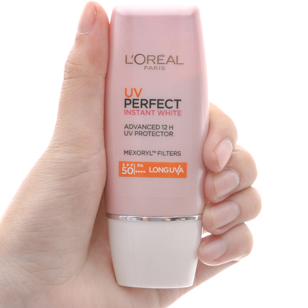 Kem chống nắng dưỡng trắng L'Oréal Instant White SPF 50/PA+++ 30ml