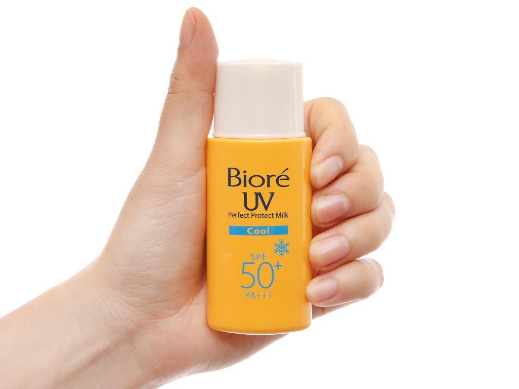 Sữa chống nắng Bioré kháng khuẩn mát lạnh SPF 50/PA+++ 25ml 4