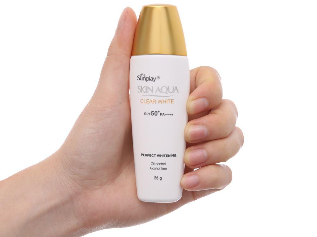Sữa chống nắng Sunplay Skin Aqua dưỡng da trắng mịn SPF 50/PA++++ 25g 4