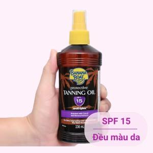 Dầu phơi nắng Banana Boat Protective Tanning Oil SPF 15 236ml
