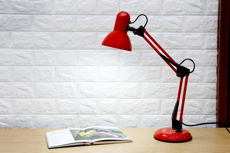Chiếu sáng an toàn - Đèn bàn ĐQ DKL14 R