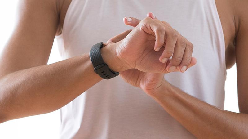 Thiết bị đeo thông minh Fitbit giảm giá mạnh, đặt mua ngay! - ảnh 1