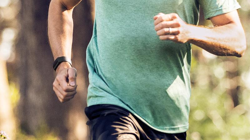 Vòng đeo thông minh Fitbit Charge 3 Đen - Đa dạng bài tập vận động