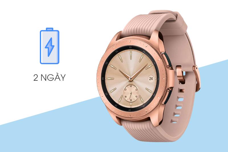 Samsung Galaxy Watch 42mm Rose Gold cho thời gian sử dụng lên đến 2 ngày