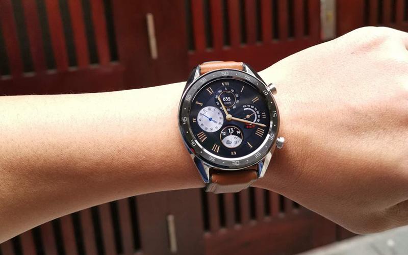 Huawei Watch GT có thiết kế nhỏ gọn