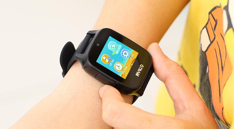 Đồng hồ thông minh MyKid dễ dàng sử dụng