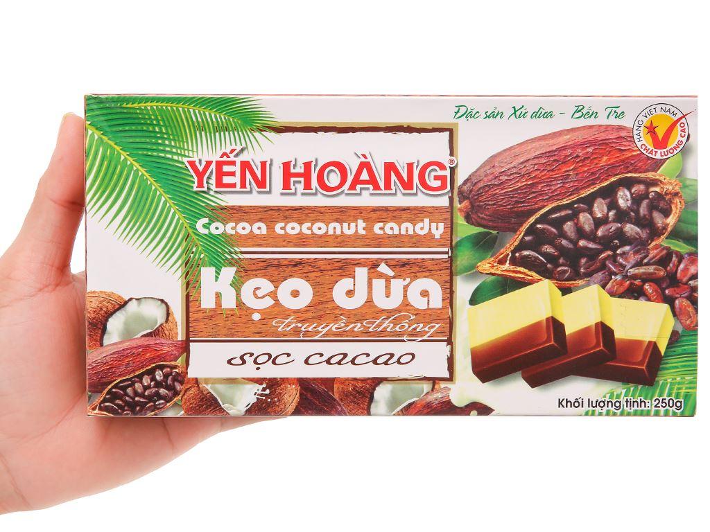 Kẹo dừa sọc ca cao Yến Hoàng hộp 250g 4