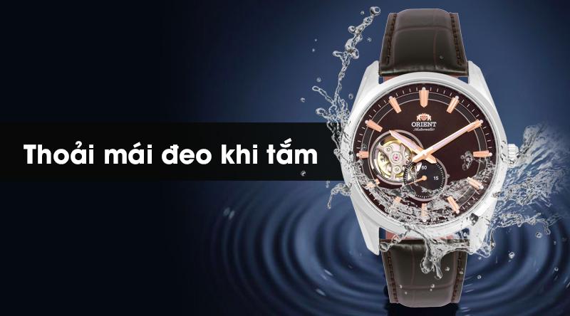 Đồng hồ nam Orient RA-AR0005Y10B có hệ số chống nước 5 ATM