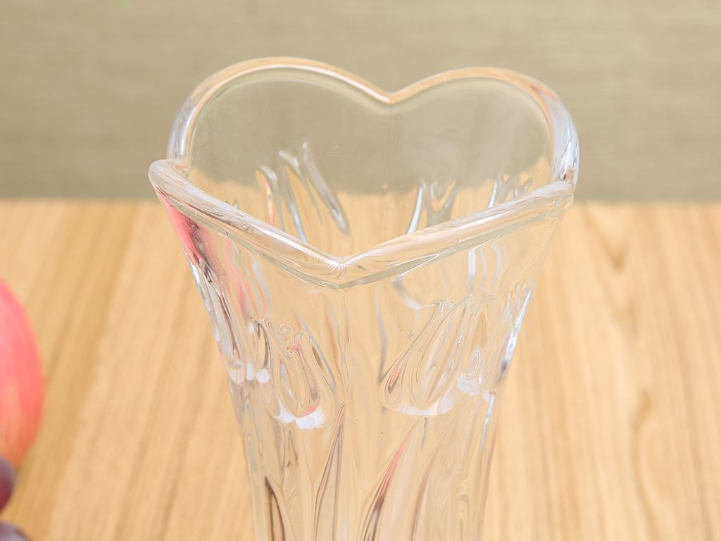 Bình hoa thủy tinh trắng Chung Mộc Hùng 18.5cm 2