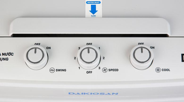 Bảng điều khiển núm vặn đơn giản - Quạt điều hoà Daikiosan DKA-04500A