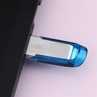 USB 3.0 32 GB Sandisk CZ73