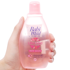 Sữa tắm gội trẻ em Babi Mild Sakura 200ml