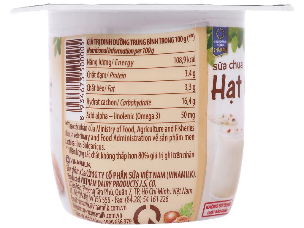 Lốc 4 hộp sữa chua hạt óc chó Vinamilk 100g 4