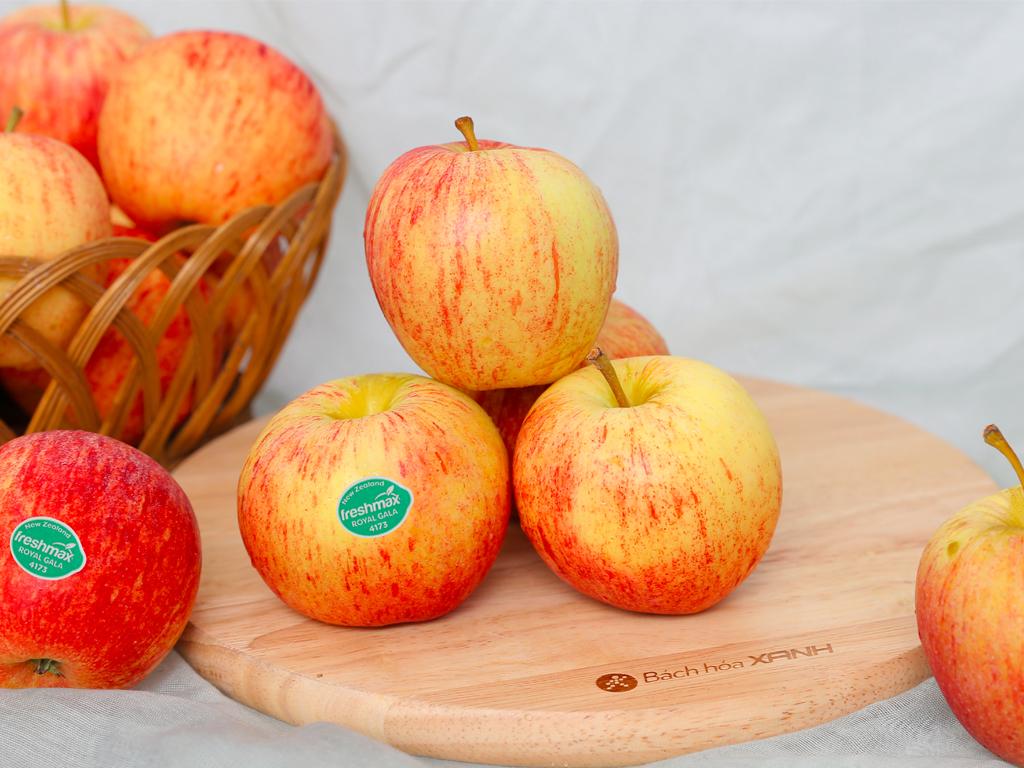 Táo Gala New Zealand nhập khẩu hộp 1kg (6 - 7 trái) 2