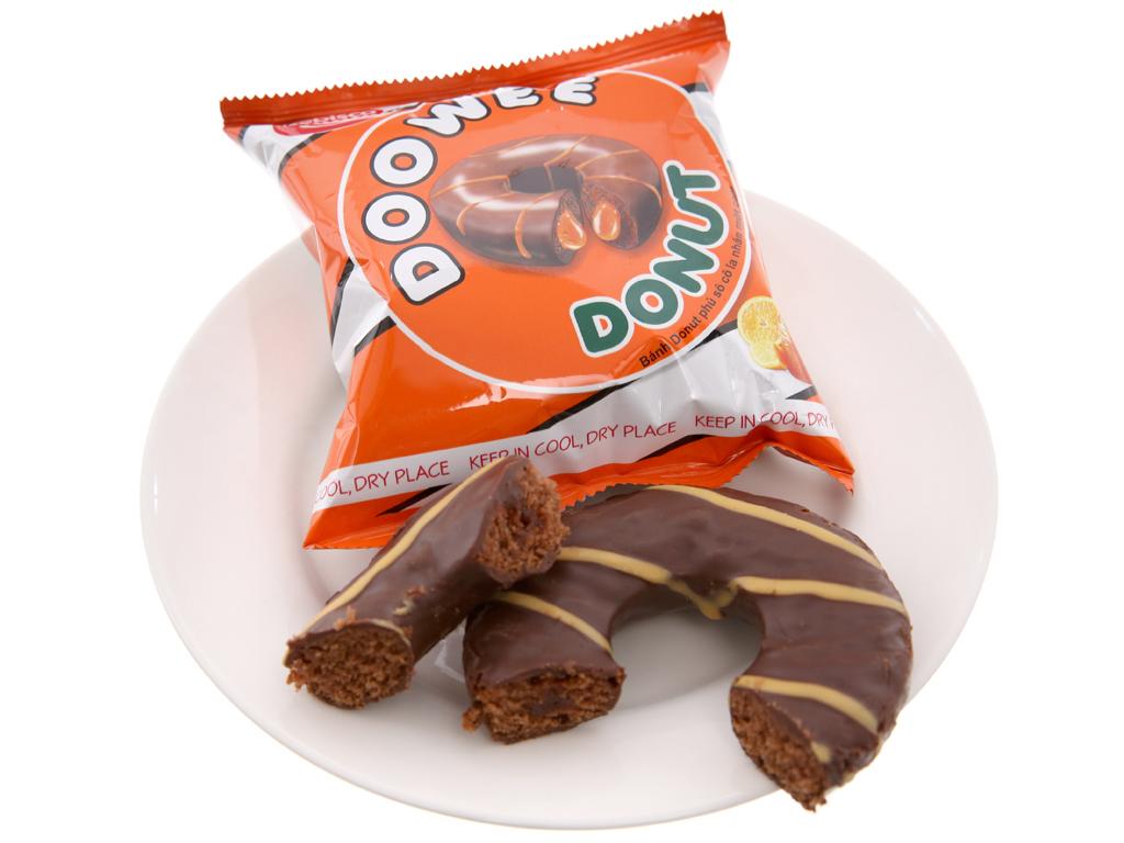 Bánh donut phủ sô cô la nhân mứt cam Doowee Donut gói 360g (12 cái) 4