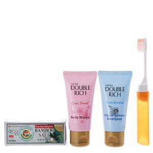 Bộ du lịch Double Rich 4 món (dầu gội, sữa tắm, kem đánh răng, bàn chải)