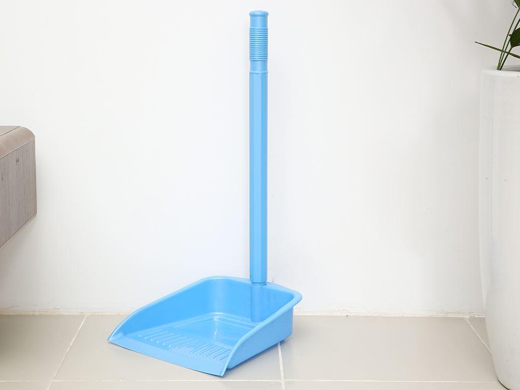Ky rác cán dài Đồng Tâm xanh lá 1
