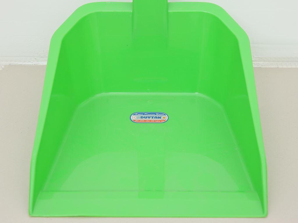 Ky rác nhựa cán ngắn Duy Tân 22.5cm (giao màu ngẫu nhiên) 12