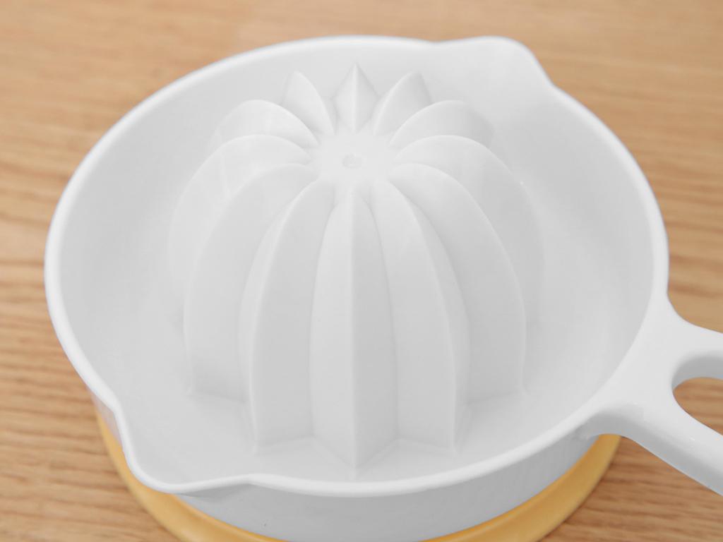 Dụng cụ vắt cam nhựa Tashuan Ts-3363 3