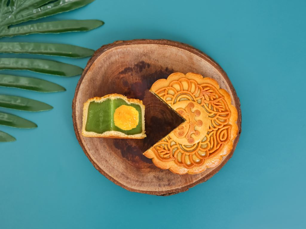 Bánh trung thu Kinh Đô hạt sen trà xanh 2 trứng 230g 1