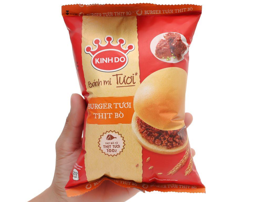 Bánh burger tươi thịt bò Kinh Đô gói 70g 5