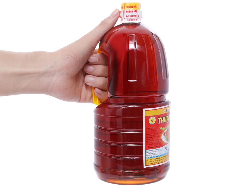 Nước chấm Thuận Việt bình 2 lít 4