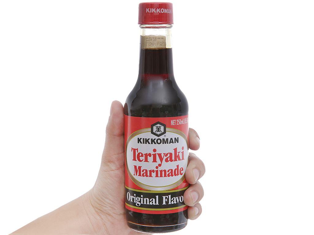Sốt tẩm ướp Teriyaki truyền thống Kikkoman chai 250ml 4