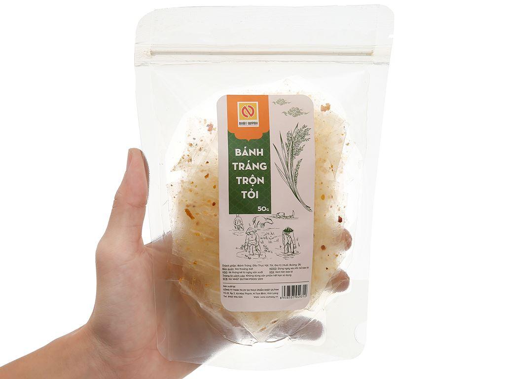 Bánh tráng trộn tỏi Nhật Quỳnh gói 50g 4