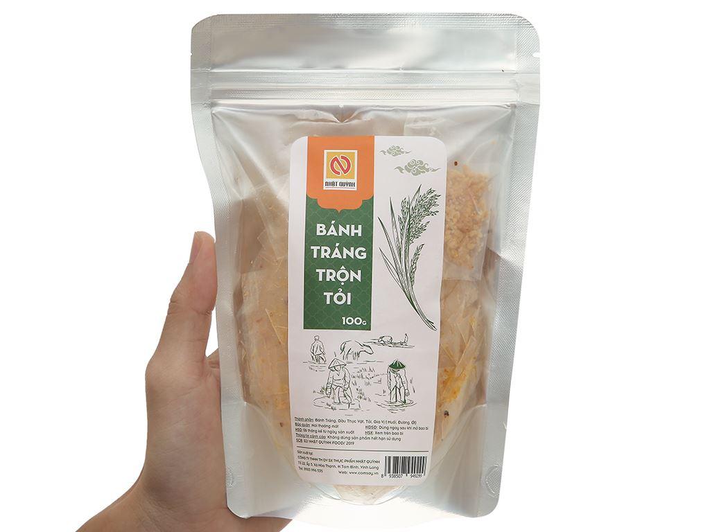 Bánh tráng trộn tỏi Nhật Quỳnh gói 100g 4