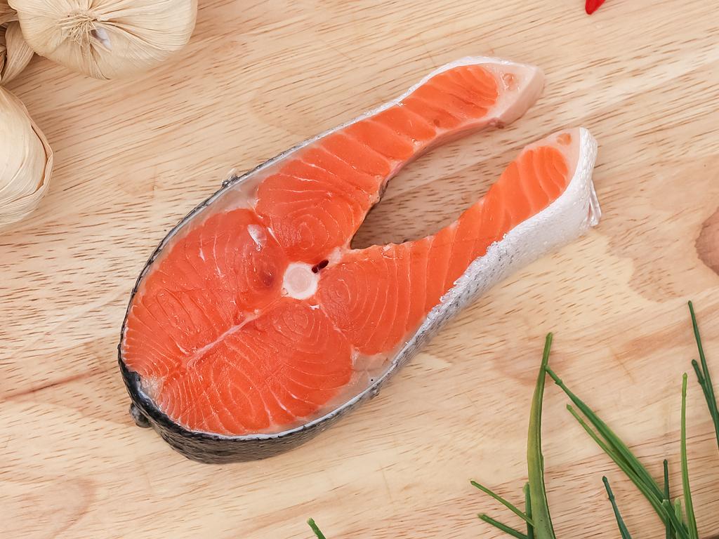 Cá hồi cắt khúc khay 250g (giao ngẫu nhiên khúc mình hoặc đuôi) 2