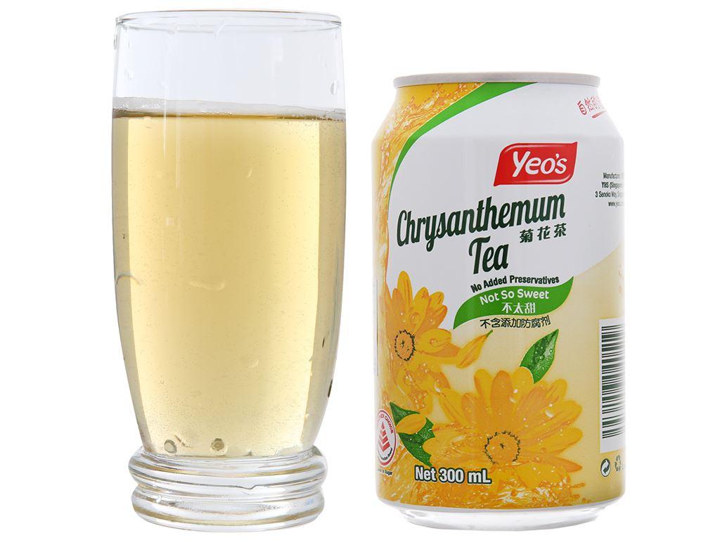 Thùng 24 lon trà hoa cúc Yeo's 300ml 4