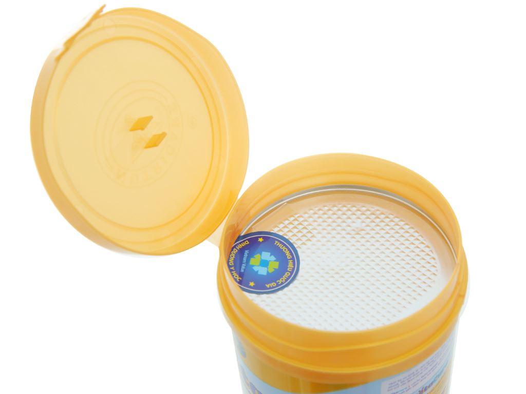 Sữa bột Nutricare Metacare 1 lon 400g (0 - 6 tháng) 6