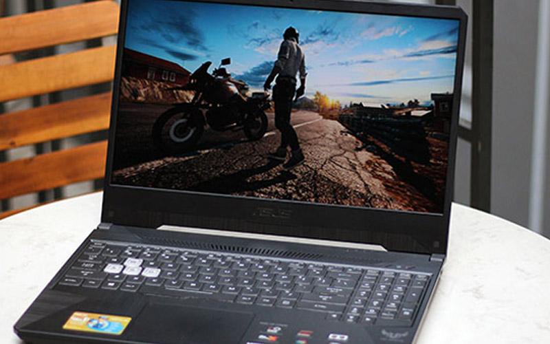 Nên mua laptop gaming thế nào tốt? Chơi game khủng?