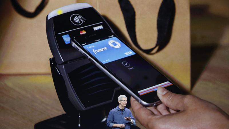 Bạn sẽ sử dụng Touch ID hoặc nhập mã PIN để xác nhận thanh toán qua Apple Pay