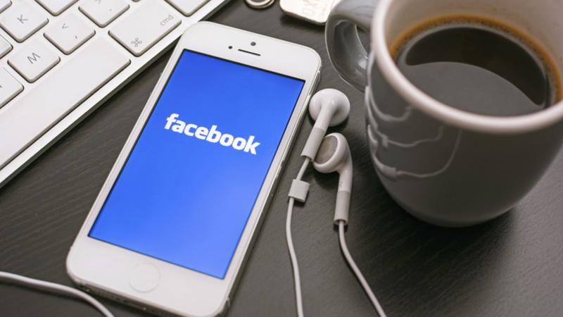 Đóng và mở lại ứng dụng Facebook có thể hiệu quả trong việc khắc phục lỗi