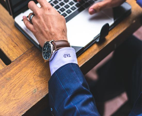 đồng hồ eco drive được giới doanh nhân ưa chuộng