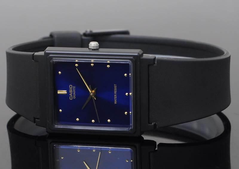 Mệnh Mộc nên đeo đồng hồ loại gì?