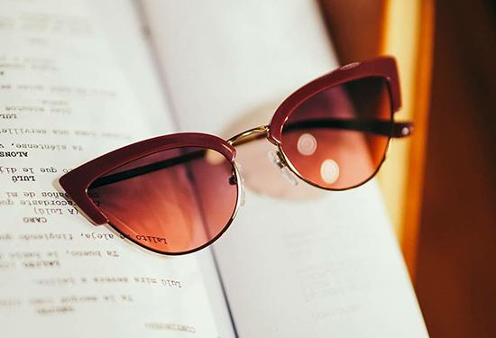 Mắt kính Vogue là của nước nào, được sản xuất ở đâu?