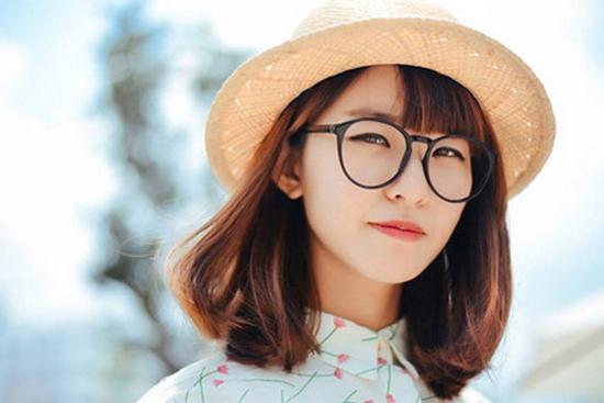 Cách chọn mắt kính cho người mũi thấp với các loại khuôn mặt khác nhau