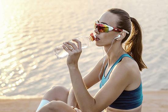 Hướng dẫn cách chọn mắt kính phù hợp cho hoạt động thể thao