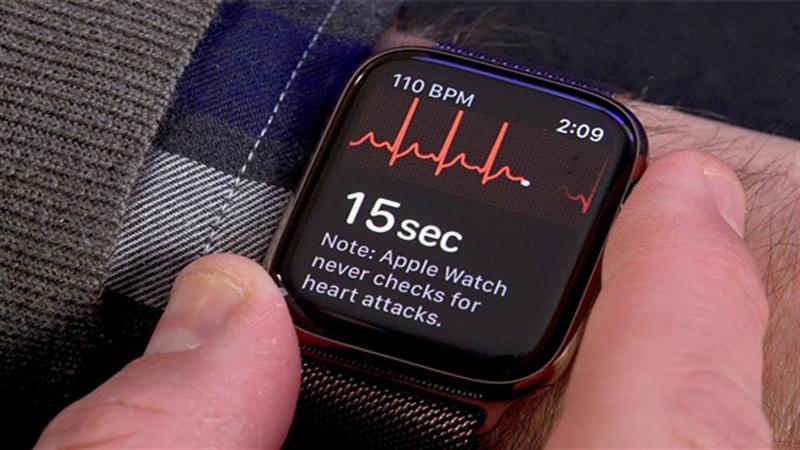ECG đã chính thức được áp dụng vào những smartwatch của các hãng như Apple (Apple Watch Series 4)