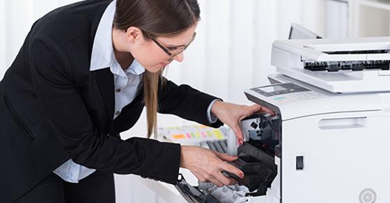 Hướng dẫn xác định loại mực phù hợp và cách đổ mực máy in đúng chuẩn -  Thegioididong.com